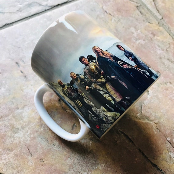 Game of Thrones Panoramic KiSS Mug - Lannister, Targaryen, Stark, Tyrell, White Walkers - Jon Snow,Daenerys - gift idea her/him, Dragons