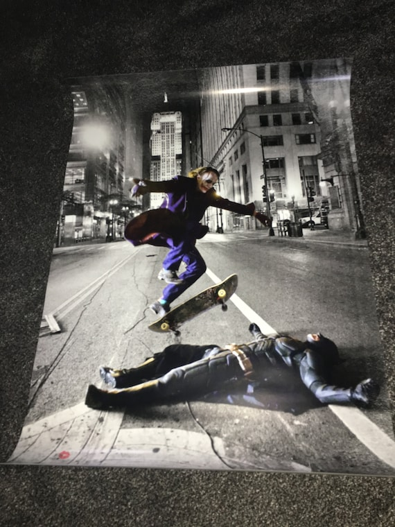 Batman/Joker Skateboard KiSS A1 Poster - Skating Trick, Ollie - Heath Ledger, Christian Bale - Dark Knight - Stocking Christmas Wall Art