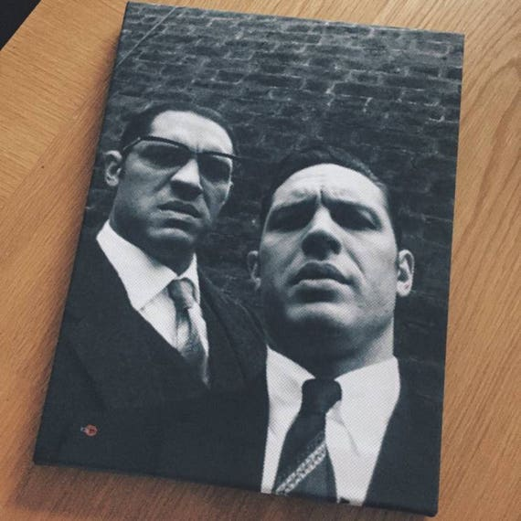Tom Hardy/Krays KiSS Canvas - The Kray Twins - Legend - Movie, selfie - Gangster Wall Art - British London - Movie Fan - Gift idea Christmas