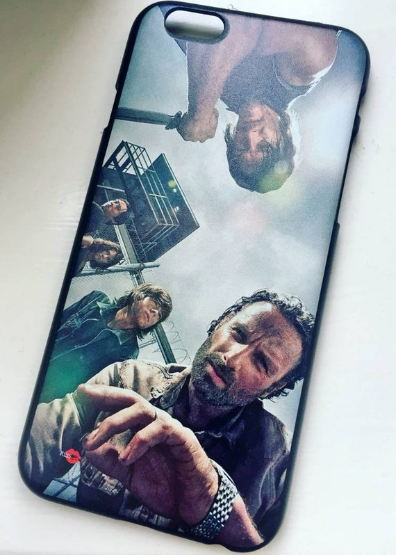 Walking Characters KiSS iPhone Case - The Walking Dead TWD Inspired - Glen Maggie Carl Daryl & Rick Grimes - Atlanta - Zombies