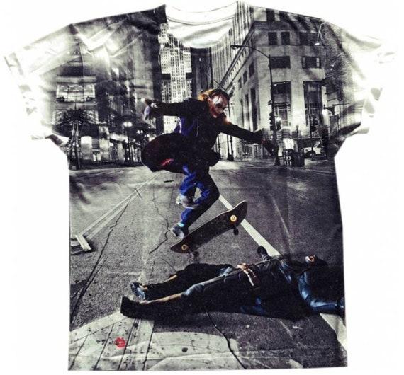 Batman/Joker Skateboard KiSS All Over T-Shirt - Skating Trick, Ollie - Heath Ledger, Christian Bale - Dark Knight