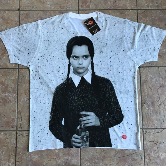 Wednesday KiSS All Over T-Shirt - Addams Family, Christina Ricci - Horror Halloween - Gift Idea Film