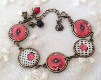 Cameo bracelet poppy and Sissy.