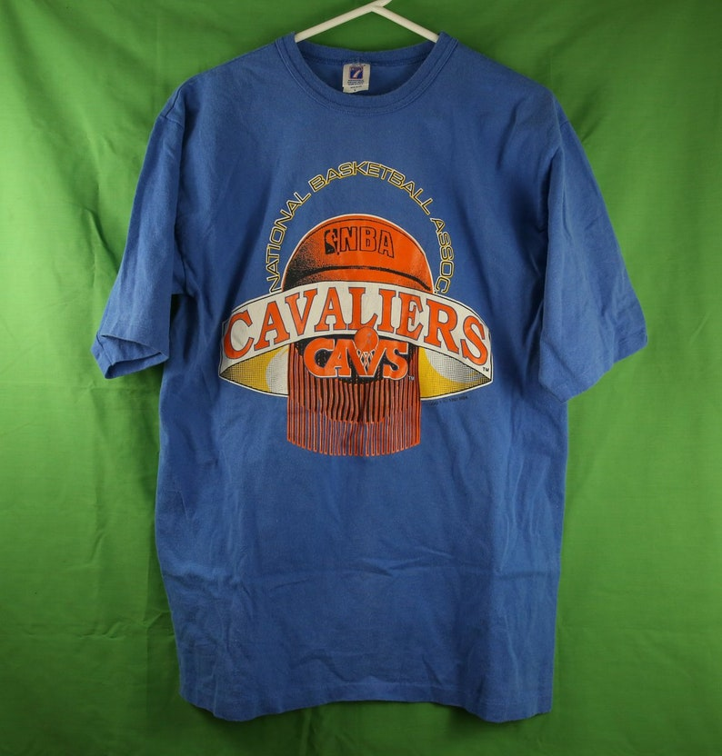 13fc620e5 Vintage 90s Cleveland Cavaliers T Shirt Large Made in USA Logo 7 / Browns  Indians Ohio NBA 1991 Starter Nike