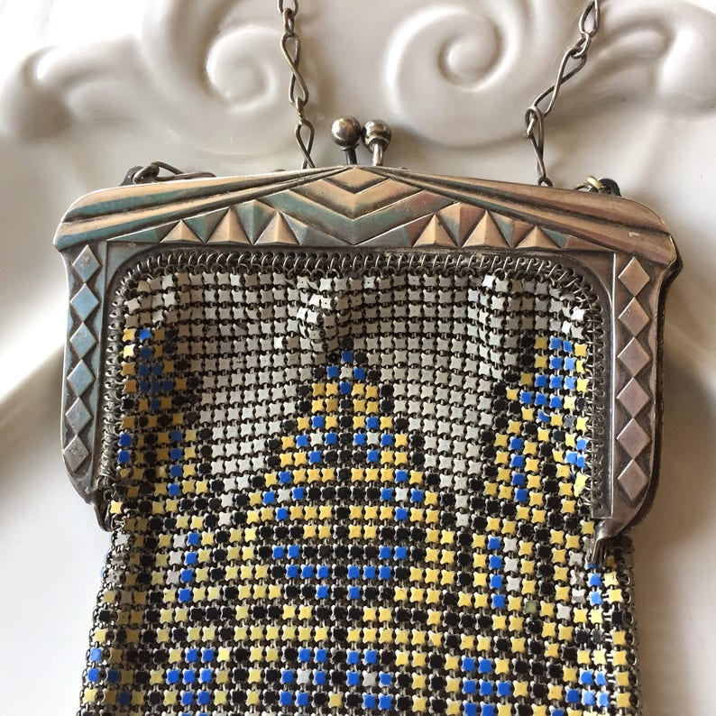 Great Art Deco Mesh Purse With Geometrics And Enamel Detail Signed Whiting Davis Antiques