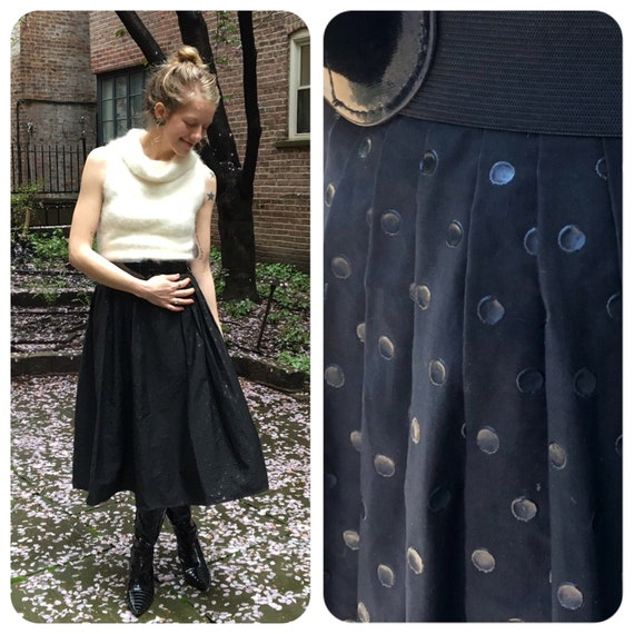 SALE! 1950s Black Dotted Circle Skirt//Vintage Gat