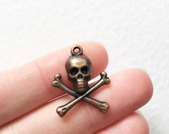 7 Antique Copper Skull Charms, Copper Skull Charms, Vintage Skull Charms, Skull Pendants, Pirate Skull Pendants