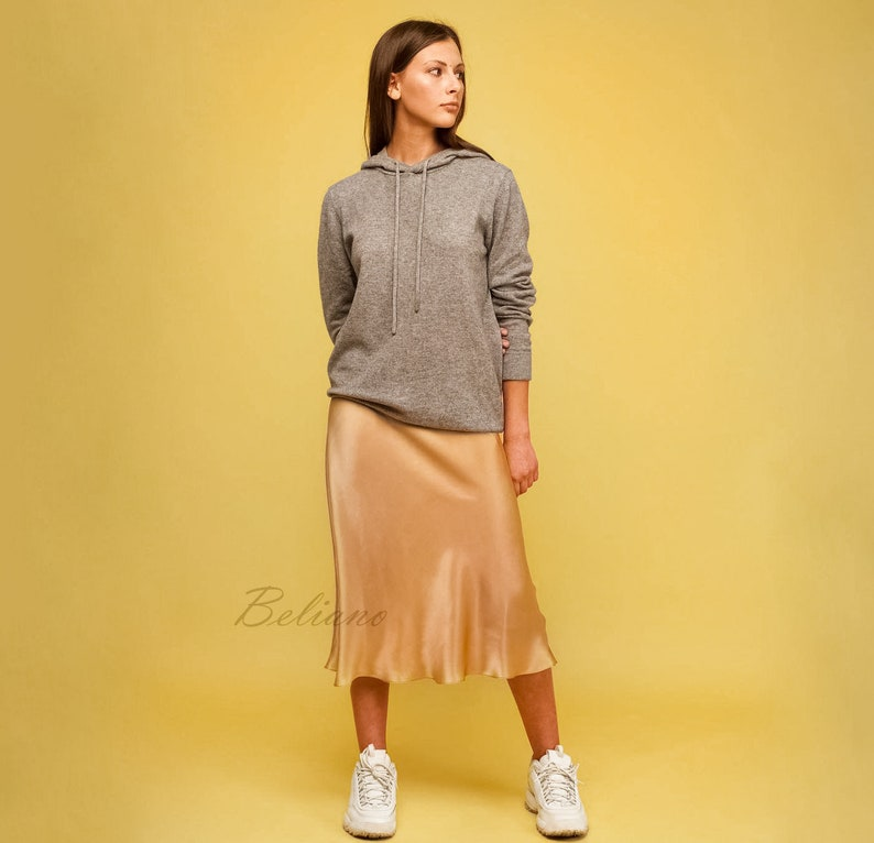 Camel Silk skirt midi beige gold Camel long Fall trend looks image 0