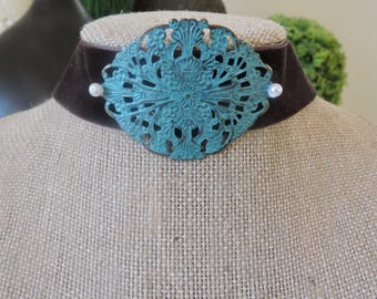 "1"" Dark Brown velvet choker with curved turquoise filigree pendant with pearl accent"
