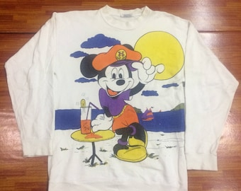 Vintage Mickey  Mouse full prin sweatshirt  nice condition..
