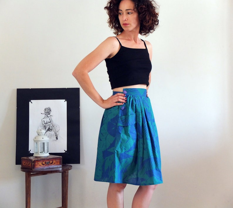 3cfa94b836 Hawaiian skirt vintage tropical print midi skirt boho floral | Etsy