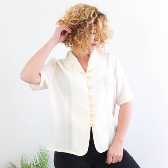 Vintage 90/'s White Notations Woman/'s Short Sleeve Pullover Shell Top Casual Ladies Shell Top Notations Ladies Box Cut White Blouse Size 2X