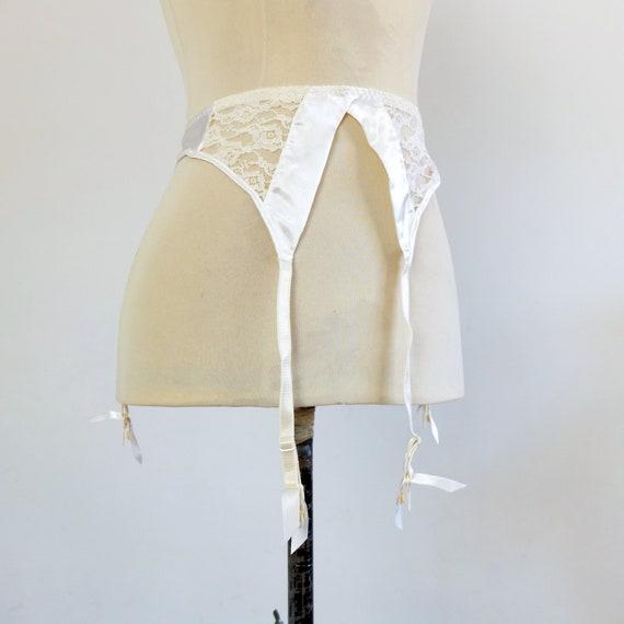 Vintage white satin lace garter belt, Victorias Se