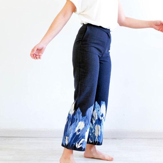 Vintage 90s printed denim capri pants, Size small… - image 6