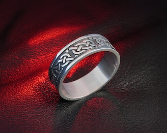 Celtic band, wedding band, Celtic knot ring, wedding ring, band for women, men's ring, Celtic jewelry, oxidized silver ring, men's band gift