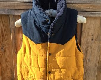 Vintage 90s sleeveless jacket