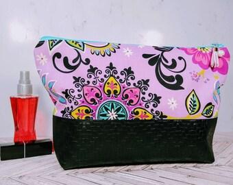 Vegan Leather Cosmetic Bag / Blue Makeup Bag / Leather Makeup Bag / Leather Toiletry Bag / Purple Floral / Travel Bag for her / Paisley