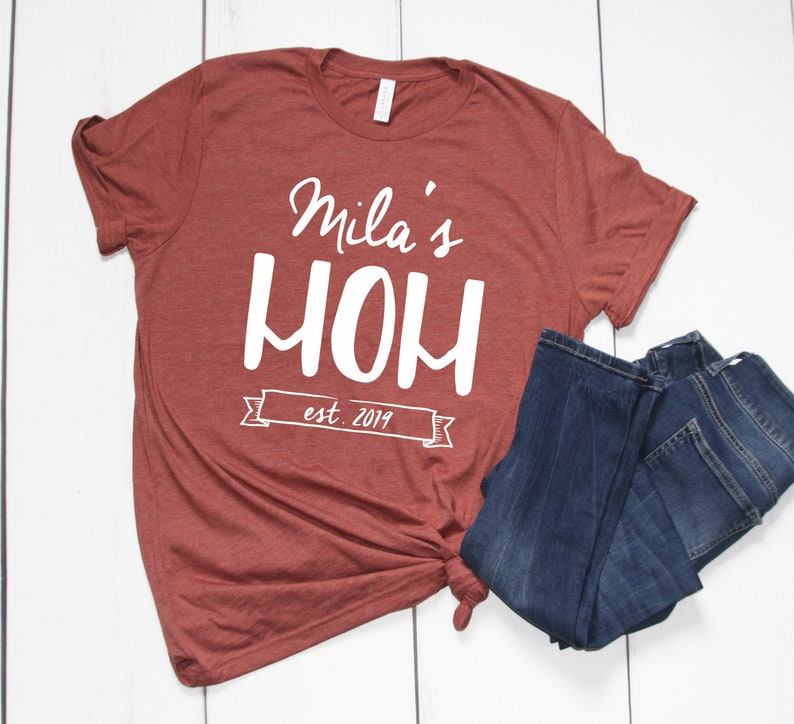 New Mom Shirt,Personalized Mom,First Time Mom,Mom Gift,Pregnancy Reveal,Custom Mom Tee,Promoted To Mom,New Mom Tee,New Mommy T Shirt,Mom Tee