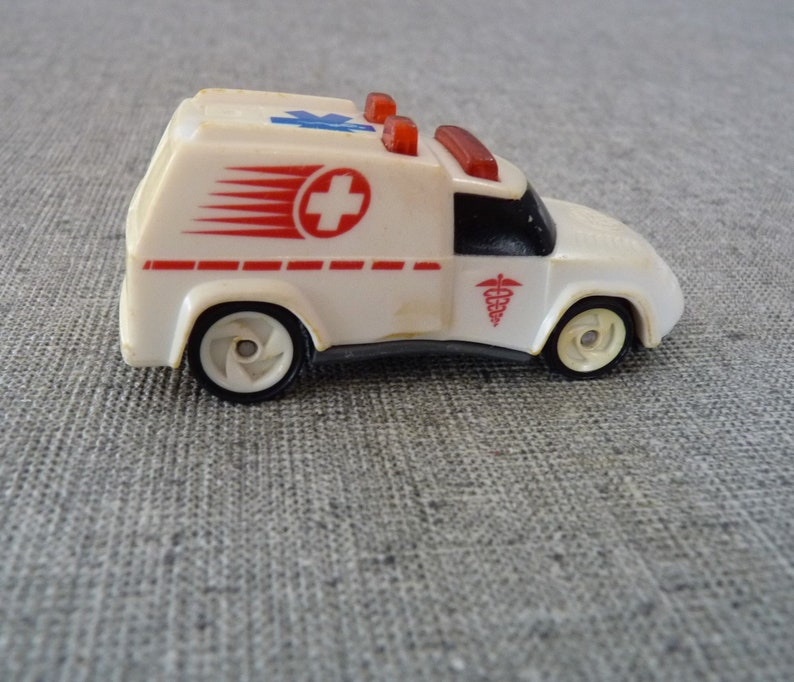 c1994 Hot Wheels Rescue Ambulance, 1997 product (only year),McDonald's  promo, Vintage Diecast, Bonus vintage Rescue unit included with sale!