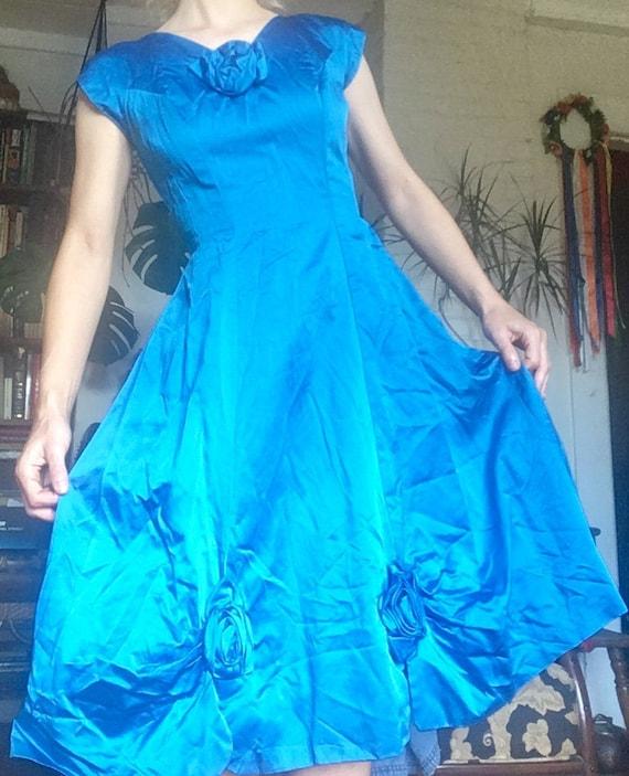 Vintage Handmade silk-satin sapphire blue pin-up 1