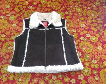 90's Plus Size 2X Vest Fuzzy Collard and Trim Brown & Beige Vintage Women's Fashion Clothing (vc3)