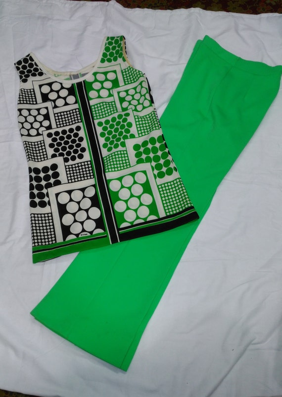 Vintage 1960s/1970s Polyester Lime Green Womens Ta