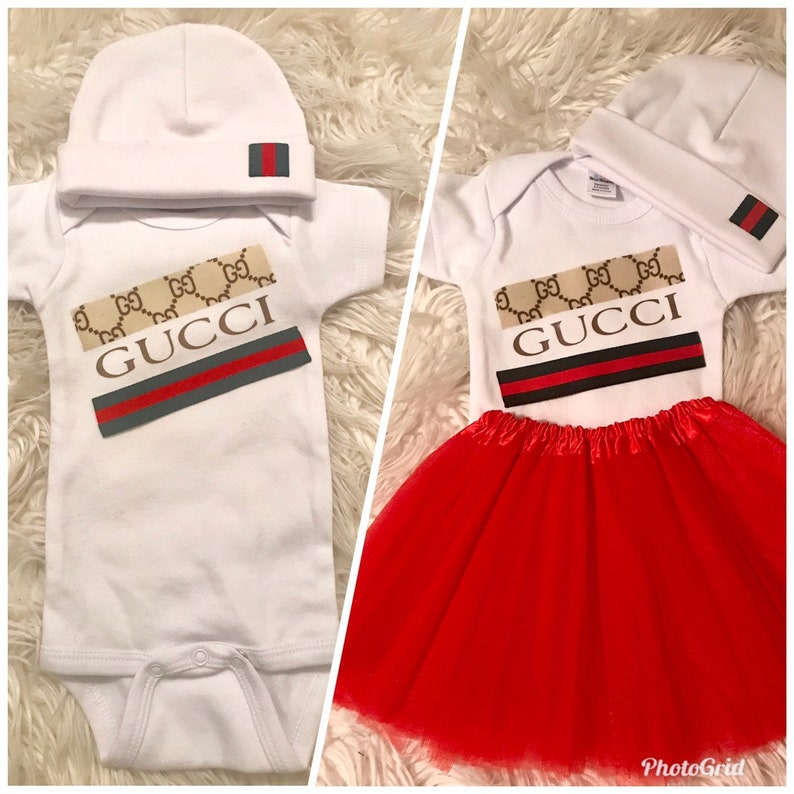 dca2ab5a4 Unisex Gucci inspired Onesie and Beanie Set/New born Coming | Etsy