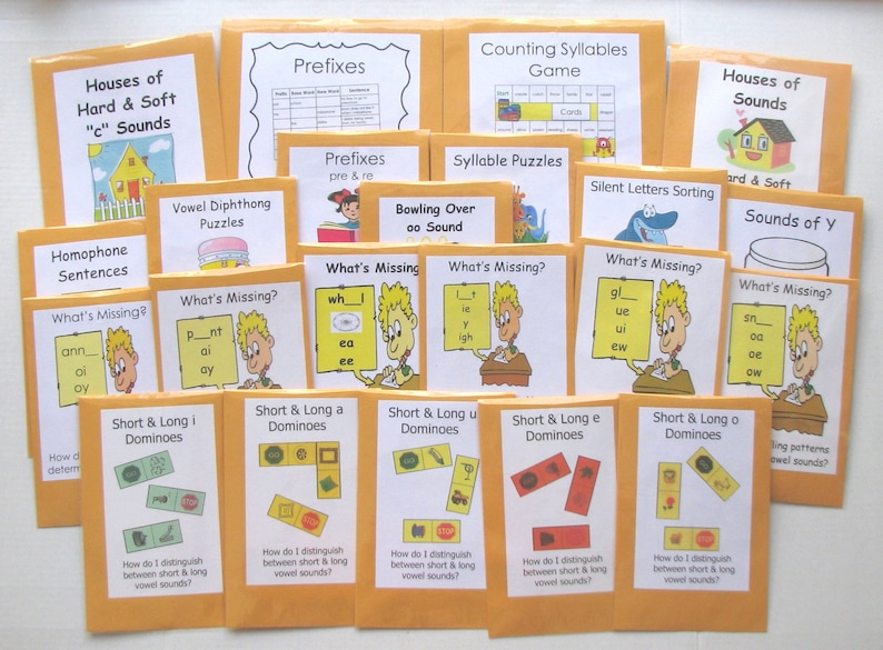 Teacher Made Literacy Center Learning Resource Game Vowel Digraph oo