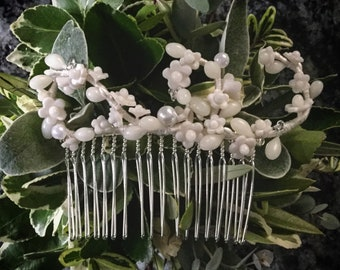 Vintage Inspired Wax Flower Bridal Comb