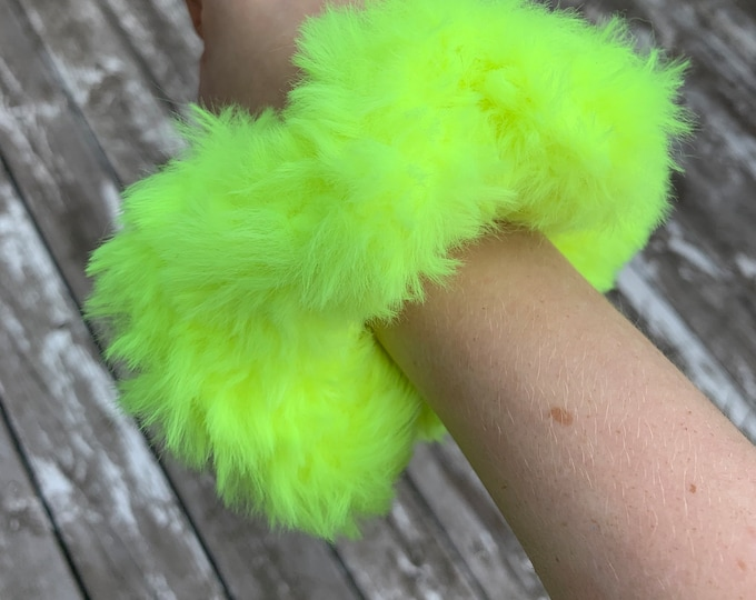 Fun faux fur crochet scrunchies-neon yellow-fluffy
