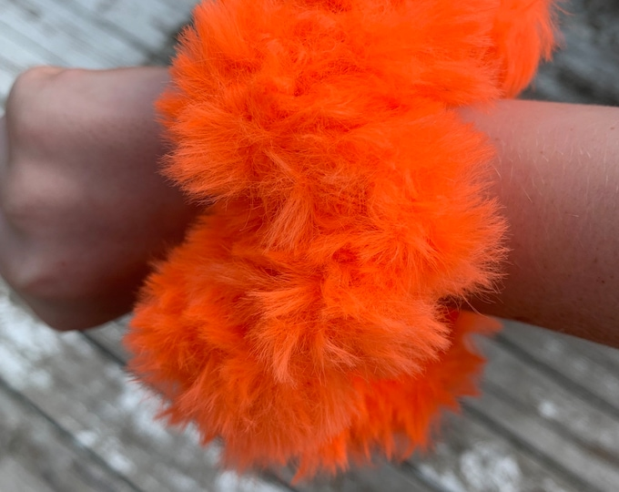Fun faux fur crochet Scrunchies-neon orange-more fluffy