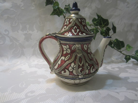 Moroccan Elegant handcrafted Alpaca Silver Teapot from Fez Moroccan Teapot