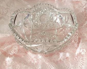 "Lead Crystal Bowl, Large Crystal Bowl, Vintage Crystal Bowl, Large Glass Bowl, Clear Glass Bowl, Hobstars, Sawtooth Edge, 8"" Crystal Bowl"