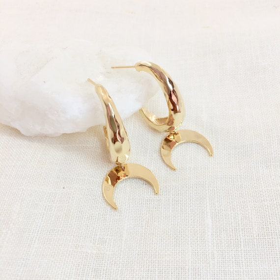 DORA Earrings num 1