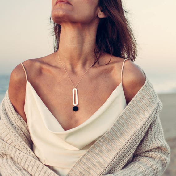 LACUNA Necklace