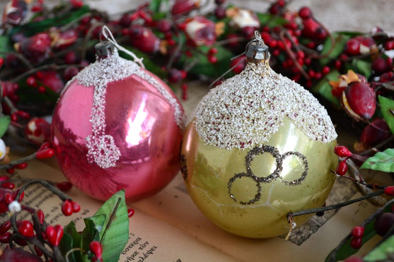 Pastel Christmas Ornaments.Lovely Pastel Christmas Ornaments Vintage Golden Xmas Ball Vintage Pink Xmas Ball Set Of Two Pastel Balls Shabby Decor Gift For Xmas From60s