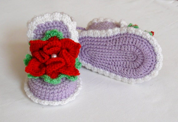 92a06bd0fafc1 Baby booties girls Flower shoes violet color Crochet booties Newborn girl  shoes Baby shoes Girl Photo Prop Baby slippers Gift for New Mom