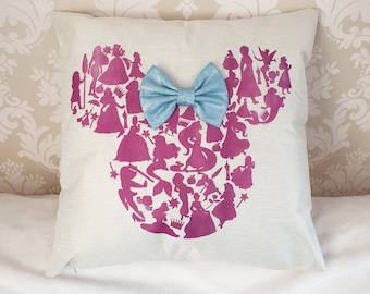 Minnie Mouse Large Throw Pillow