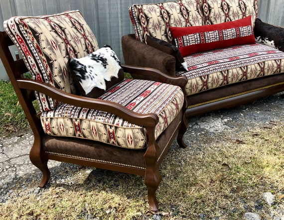 Tremendous Sold Lodge Style Chairs Sofa Navajo Couch And Chairs Set Southwestern Custom Upholstered Lodge Furniture Creativecarmelina Interior Chair Design Creativecarmelinacom