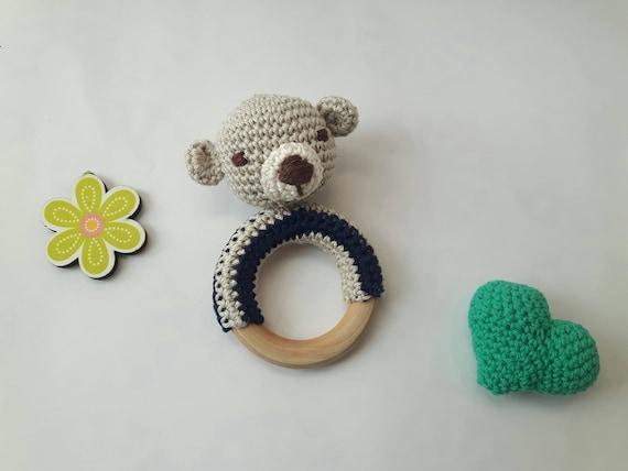 Giraffe Teething Ring Rattle Free Crochet Pattern   428x570