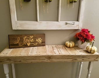 Pallet wood entry table