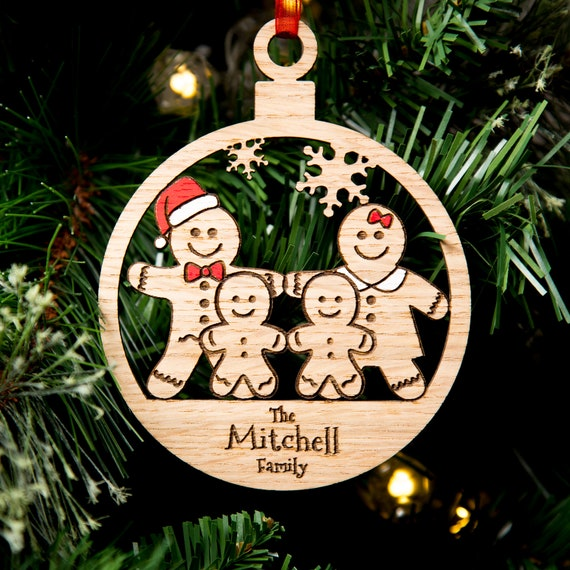 BEAUTIFUL PERSONALISED GINGERBREAD FAMILY CHRISTMAS DECORATIONS