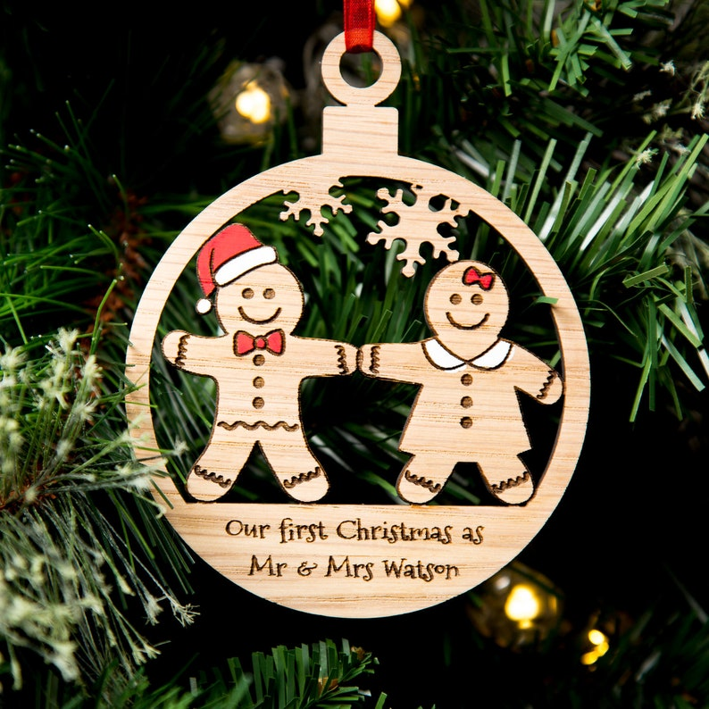 ANY NAME First Christmas oak PERSONALISED Mr /& Mrs 1st Xmas Tree Decorations