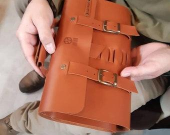 Leather pencil case, pencil bag, calligraphy, pencil case, leather pen case, art supplies, make up case, makes up bag, brush case, brush bag