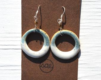 two-toned hoop ceramic earrings