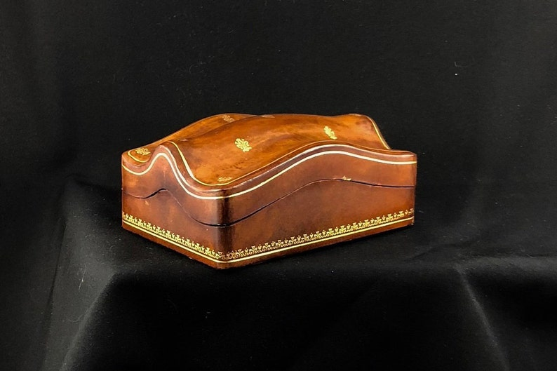 Clamshell Box, Trinket, Jewelry Container