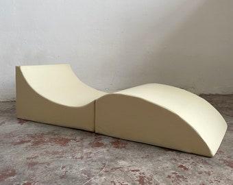 Modernist Italian Faux Leather Folding Lounge Chair, Chaise Longue, Sculptural Minimalist Design, 1970s