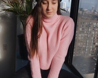 90s Fuzzy Bubblegum pink turtleneck sweater