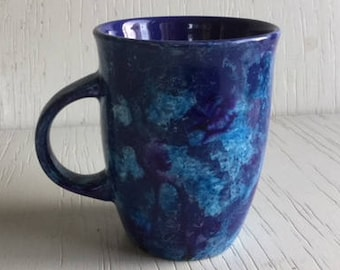 23 - Blue purple spotted cup