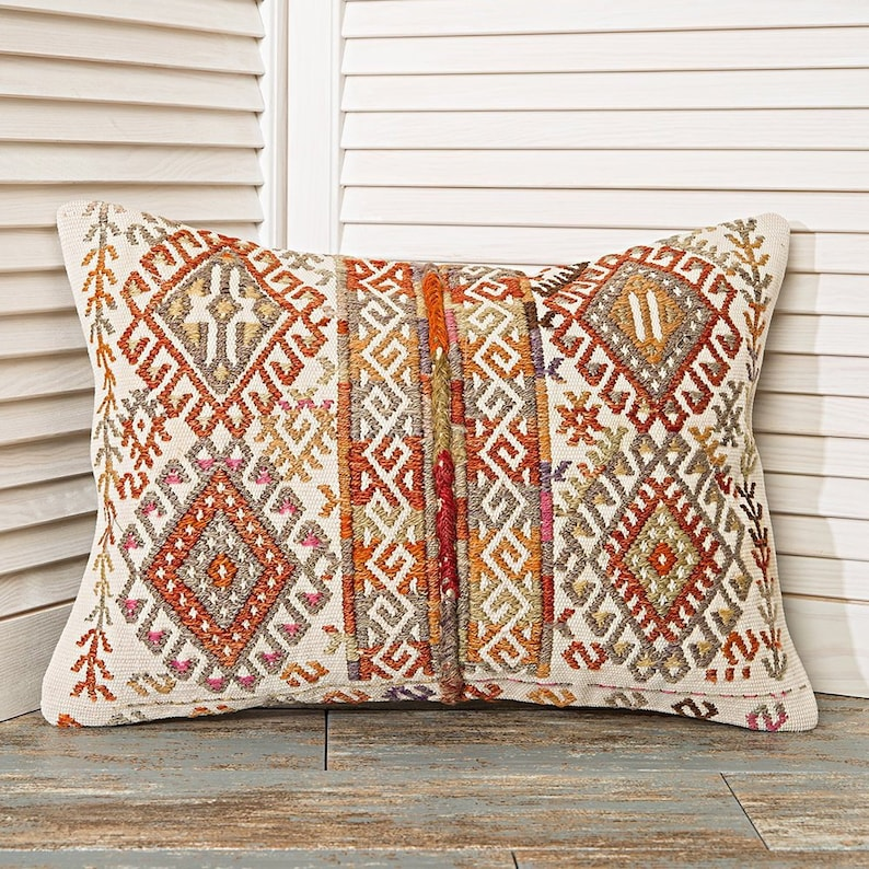 embroidered pillow white pillow case 14x20 kilim pillow shabby chic pillow decorative cushions home decor bedroom pillows bedroom decor